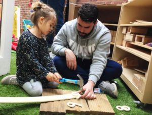 child-learning-crafts